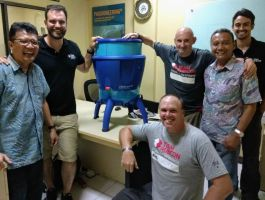 Team Rubicon Distribusikan Lifestraw Community ke Palu